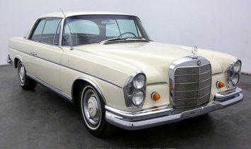 Mercedes-Benz 300SE