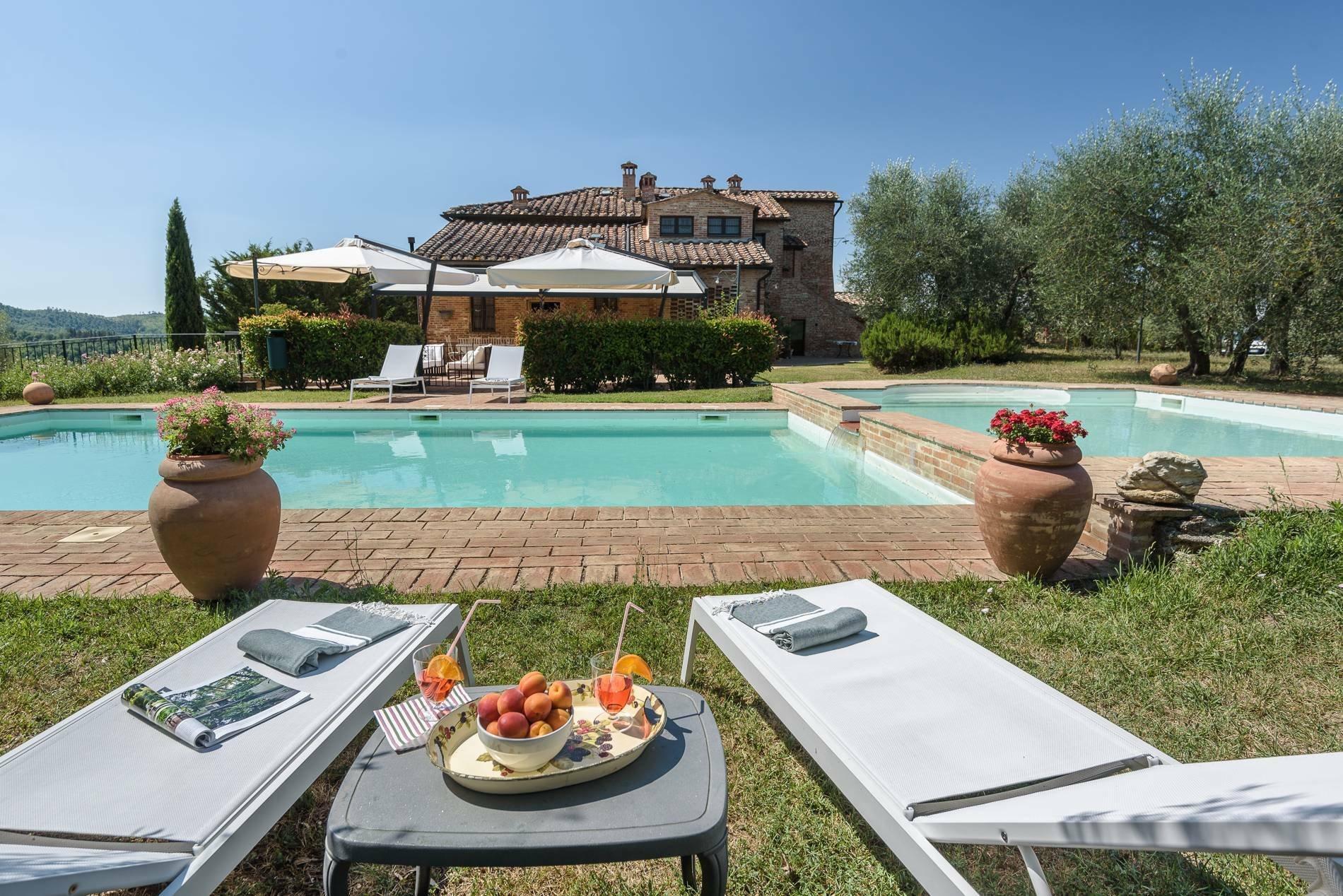 Farm Ranch in Tuscany, Italy 1 - 11170302