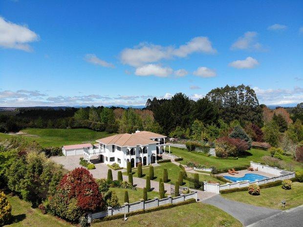 House in Maunganamu, Waikato, New Zealand 1