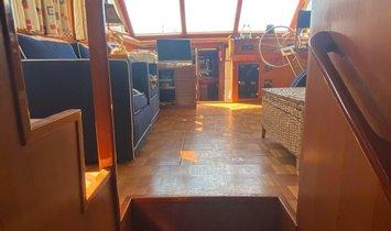 Marine Trader Double Cabin