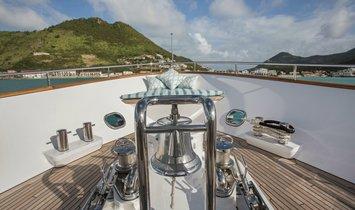 Moonen Flybridge Motor Yacht