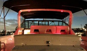 Tiara Yachts 4000 Express