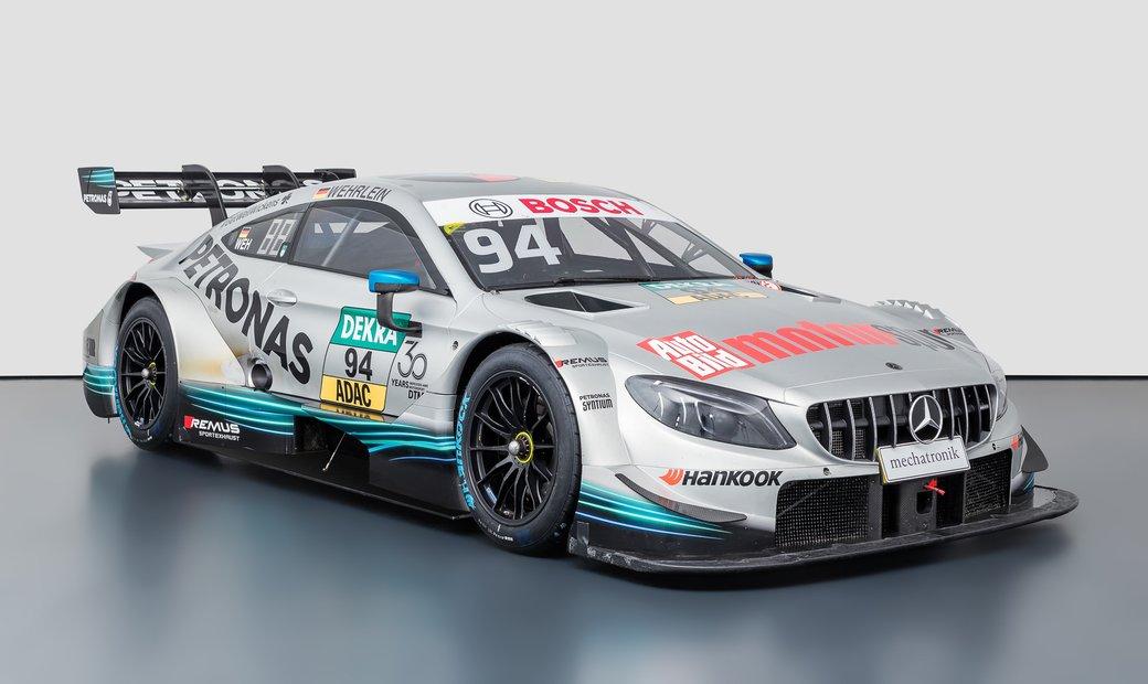 2014 Mercedes-Benz C63 //AMG