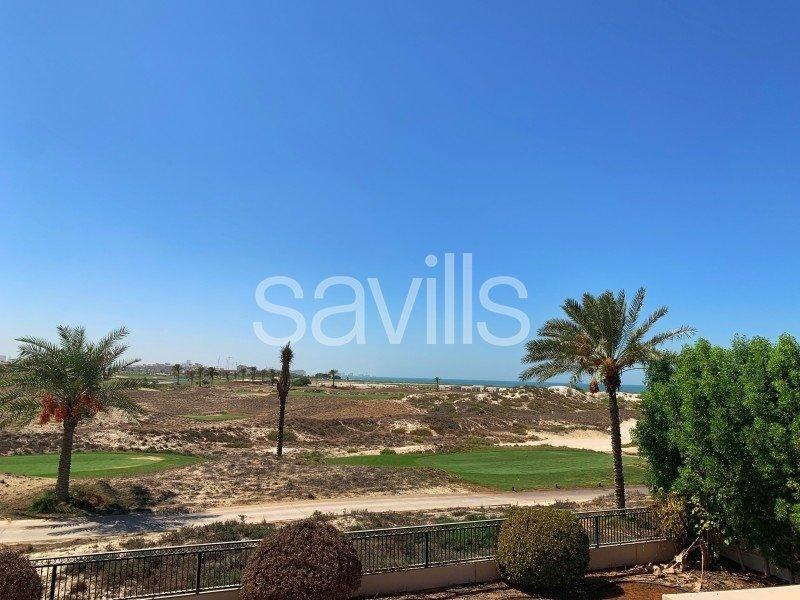 Villa in Al Sa'Diyat, Abu Dhabi, United Arab Emirates 1