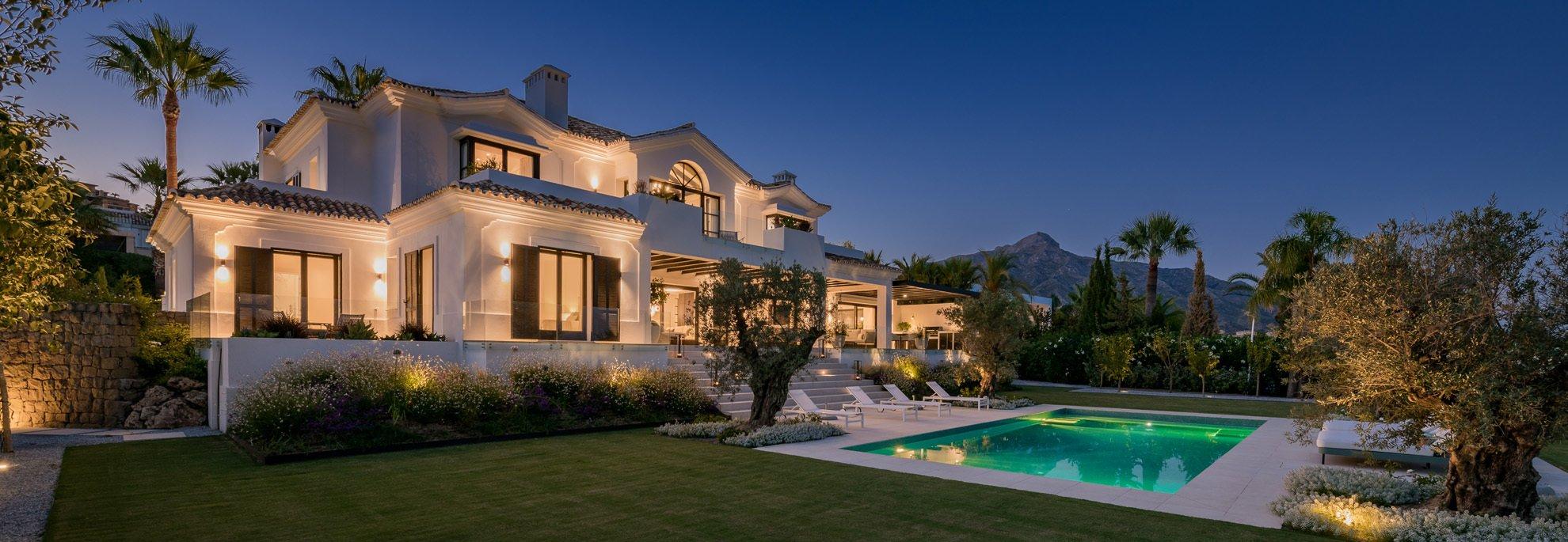 Villa in Nueva Andalucía, Andalusien, Spanien
