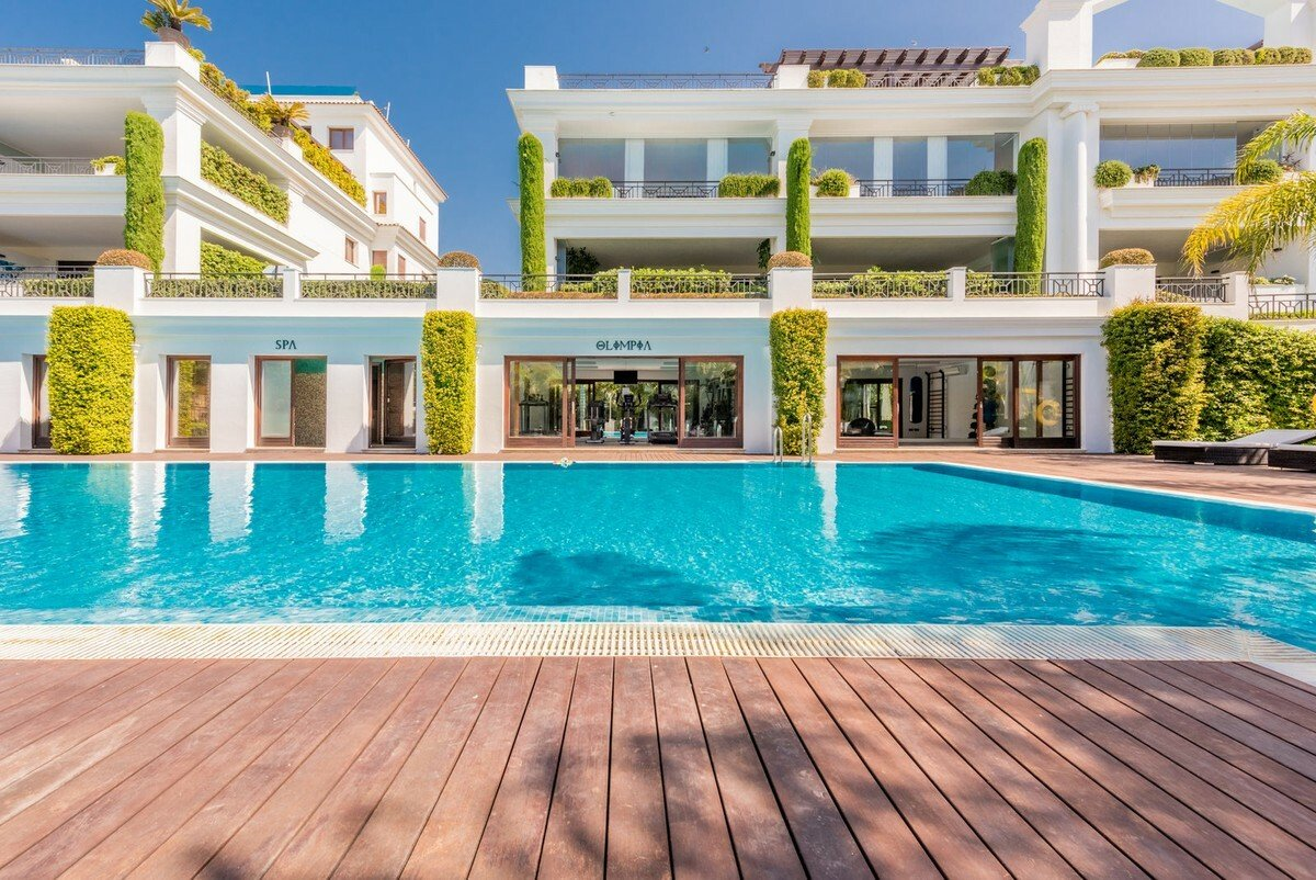 Penthouse in Estepona, Andalusia, Spain 1