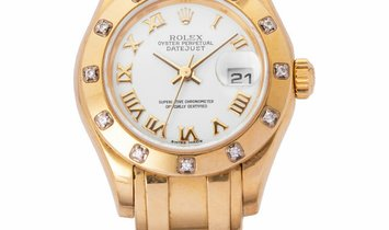 Rolex Pearlmaster 80318, Roman Numerals, 2001, Good, Case material Yellow Gold, Bracele