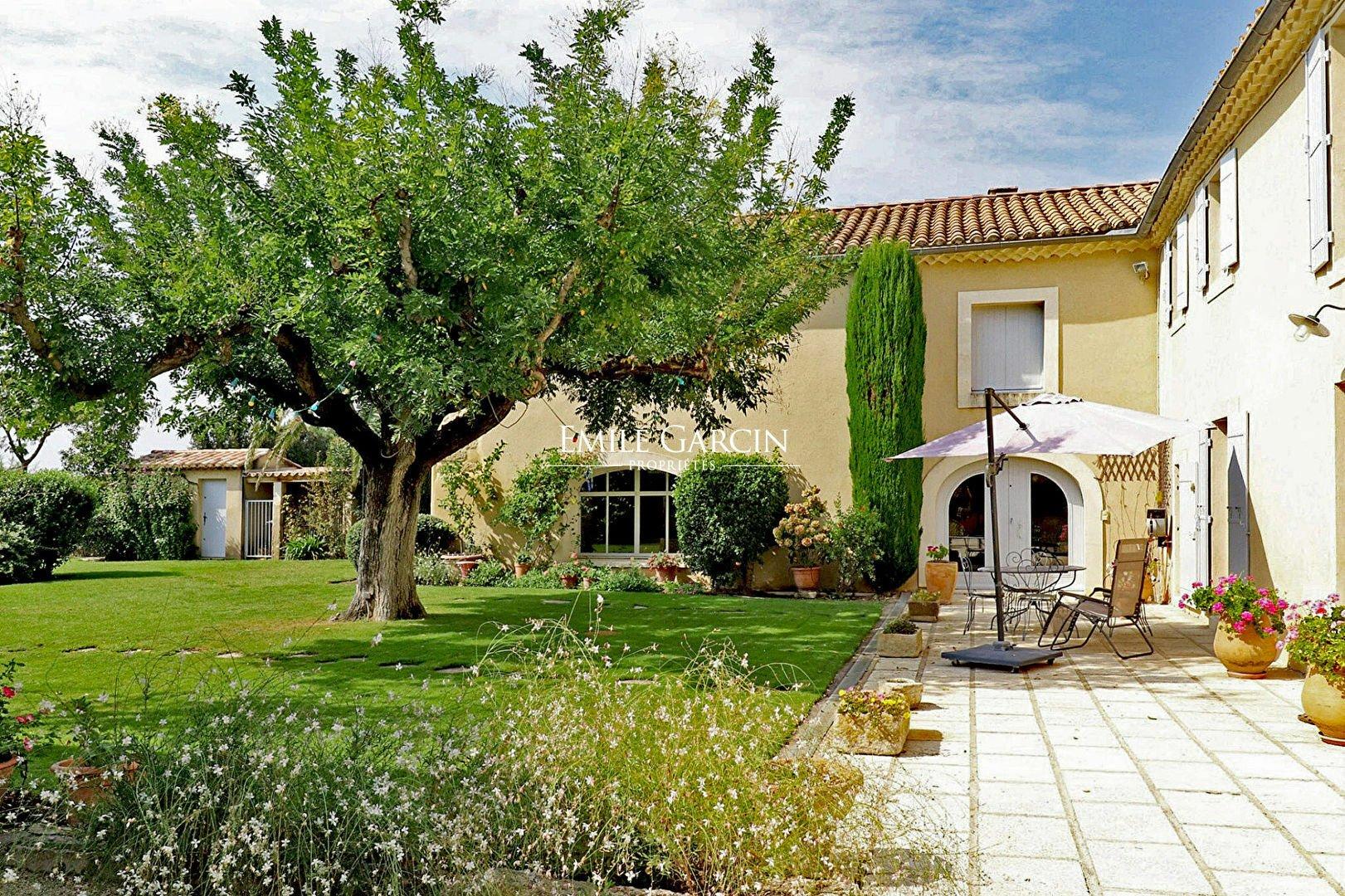 House in Boulbon, Provence-Alpes-Côte d'Azur, France 1
