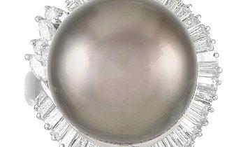 LB Exclusive LB Exclusive Platinum 1.60 ct Diamond and Pearl Ring