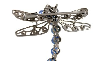 LB Exclusive LB Exclusive 18K White Gold 0.23 ct Diamond and Sapphire Brooch