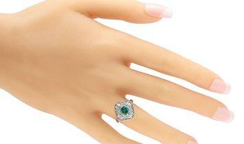LB Exclusive LB Exclusive Platinum 0.81 ct Diamond and Emerald Ring