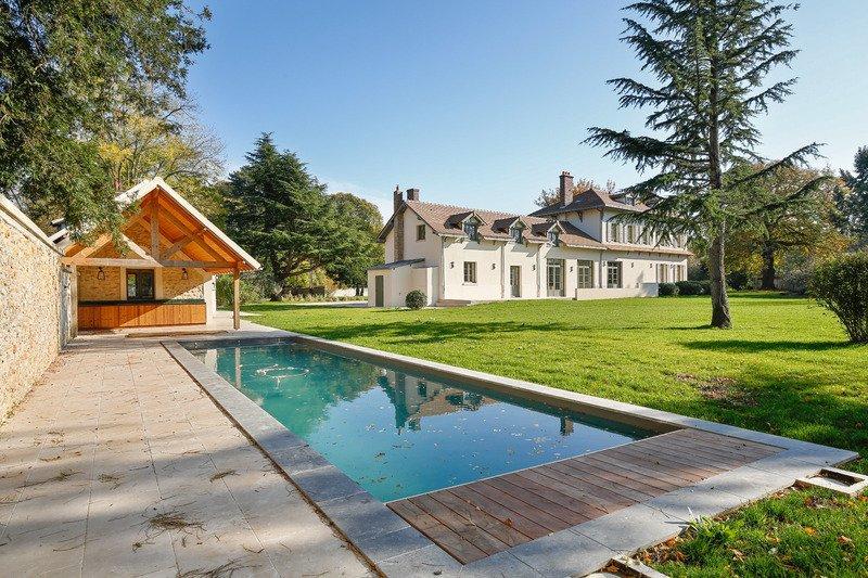 House in Les Loges-en-Josas, Île-de-France, France 1