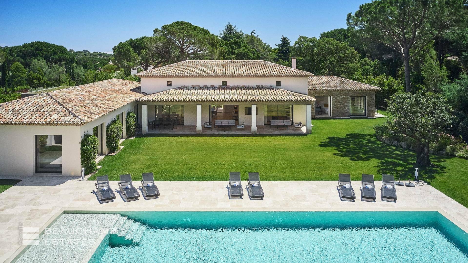 Villa in Saint-Tropez, Provence-Alpes-Côte d'Azur, France 1 - 11193331