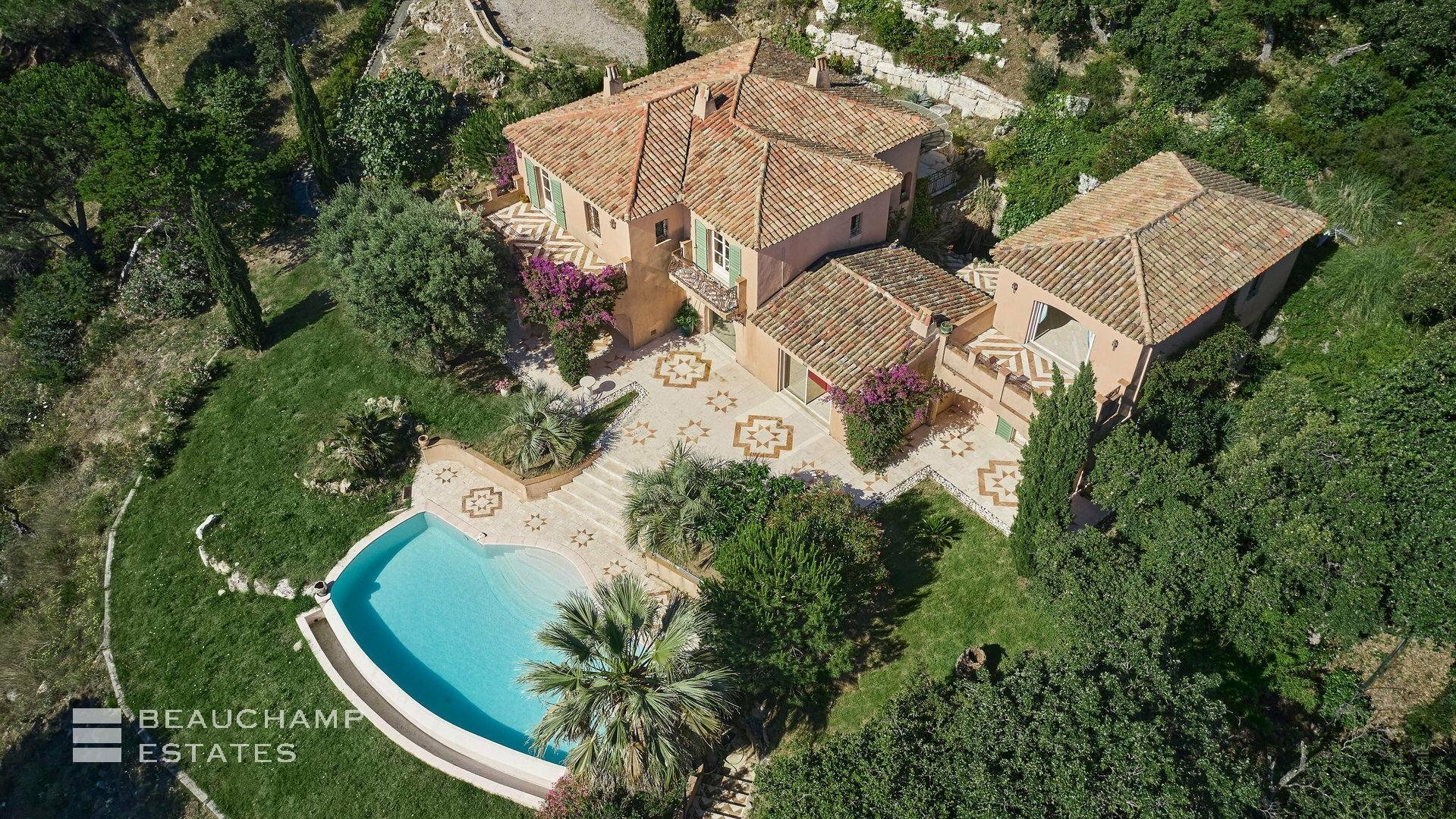 Villa in Ramatuelle, Provence-Alpes-Côte d'Azur, France 1