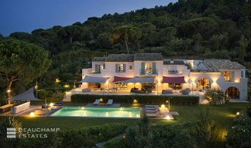 Villa in Saint-Tropez, Provence-Alpes-Côte d'Azur, France 1