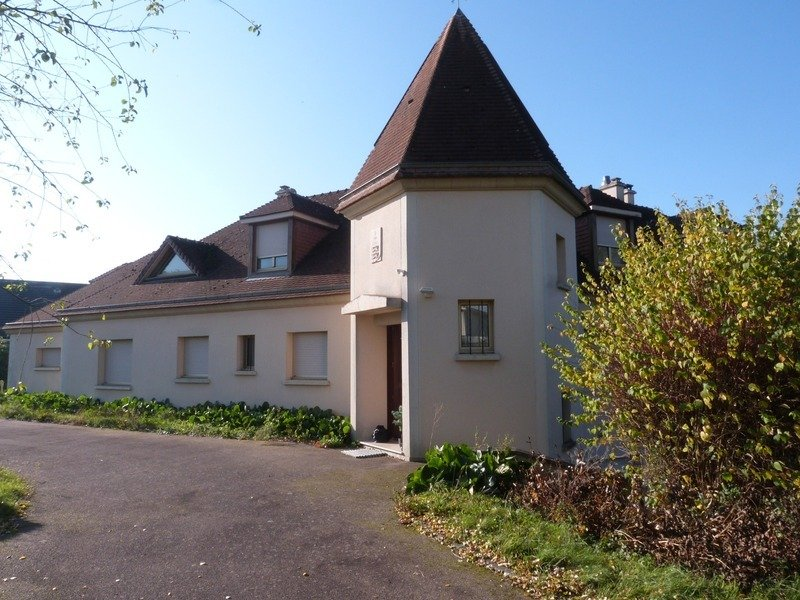 House in Saint-Aubin-lès-Elbeuf, Normandy, France 1 - 11193142