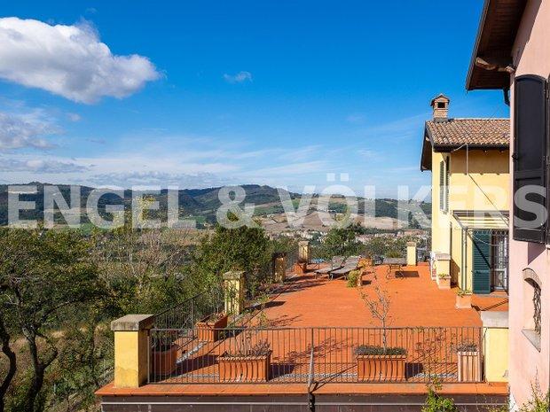 Villa in Bologna, Emilia-Romagna, Italy 1