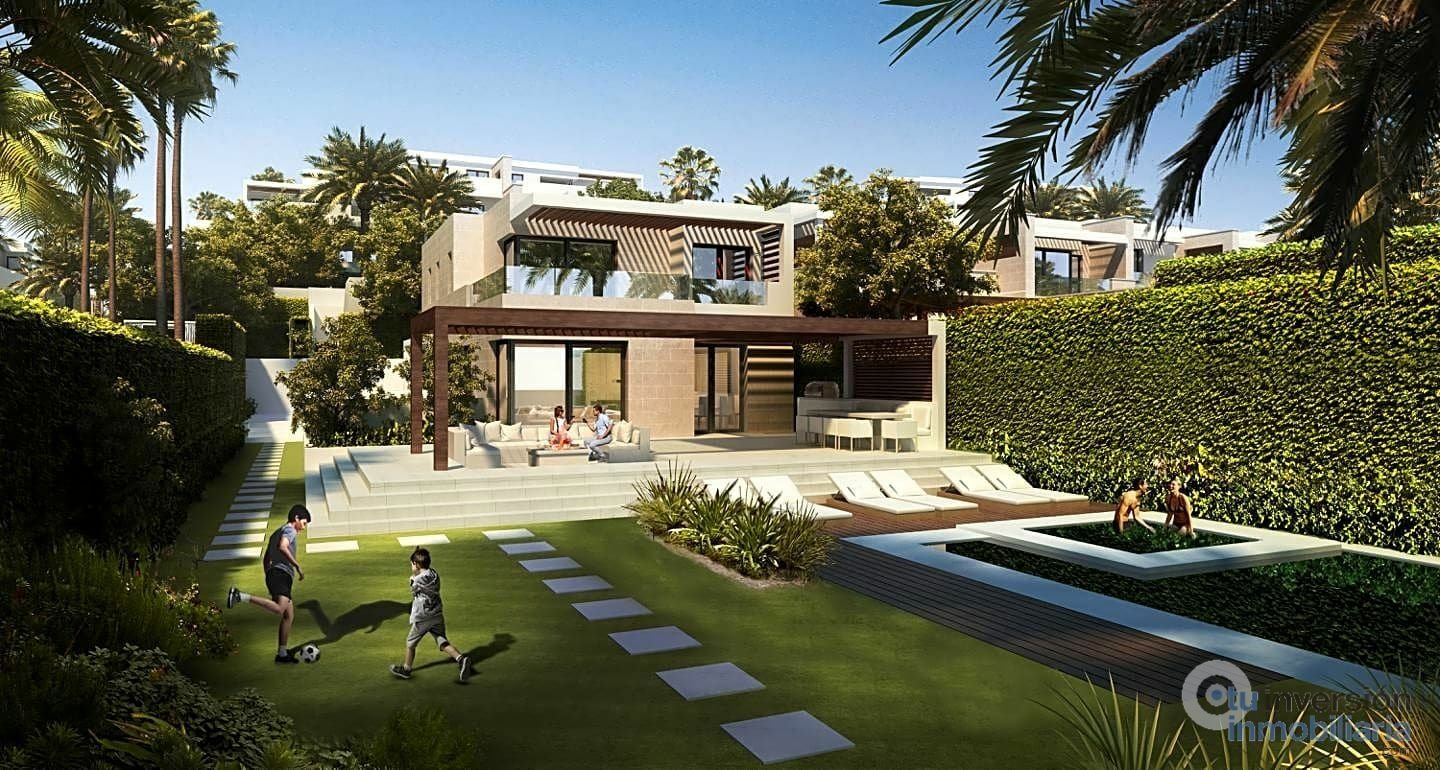 Bungalow in Estepona, Andalusia, Spain 1