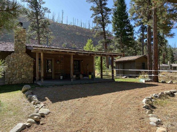 House in Cascade, Idaho, United States 1