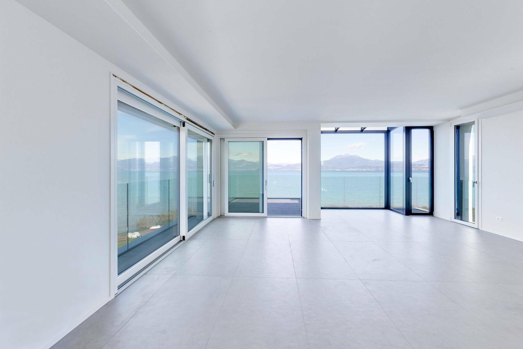 Apartment in Peschiera del Garda, Veneto, Italy 1