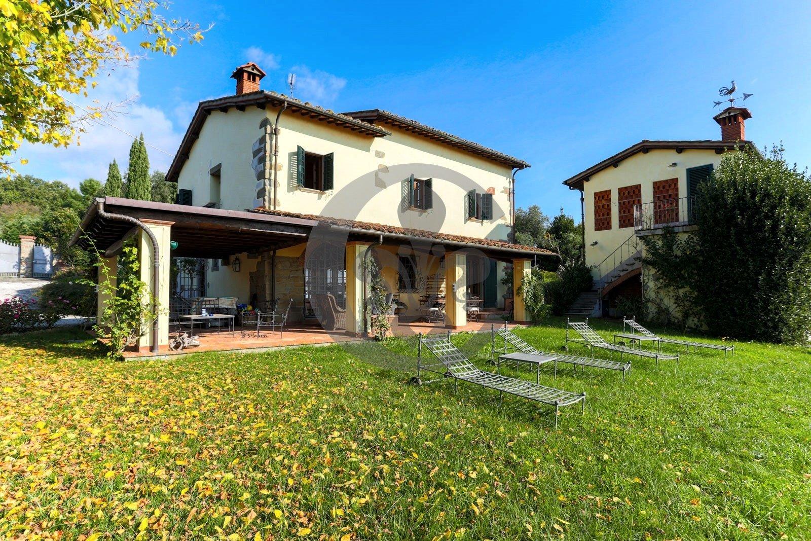 Villa in Borgo a Buggiano, Tuscany, Italy 1
