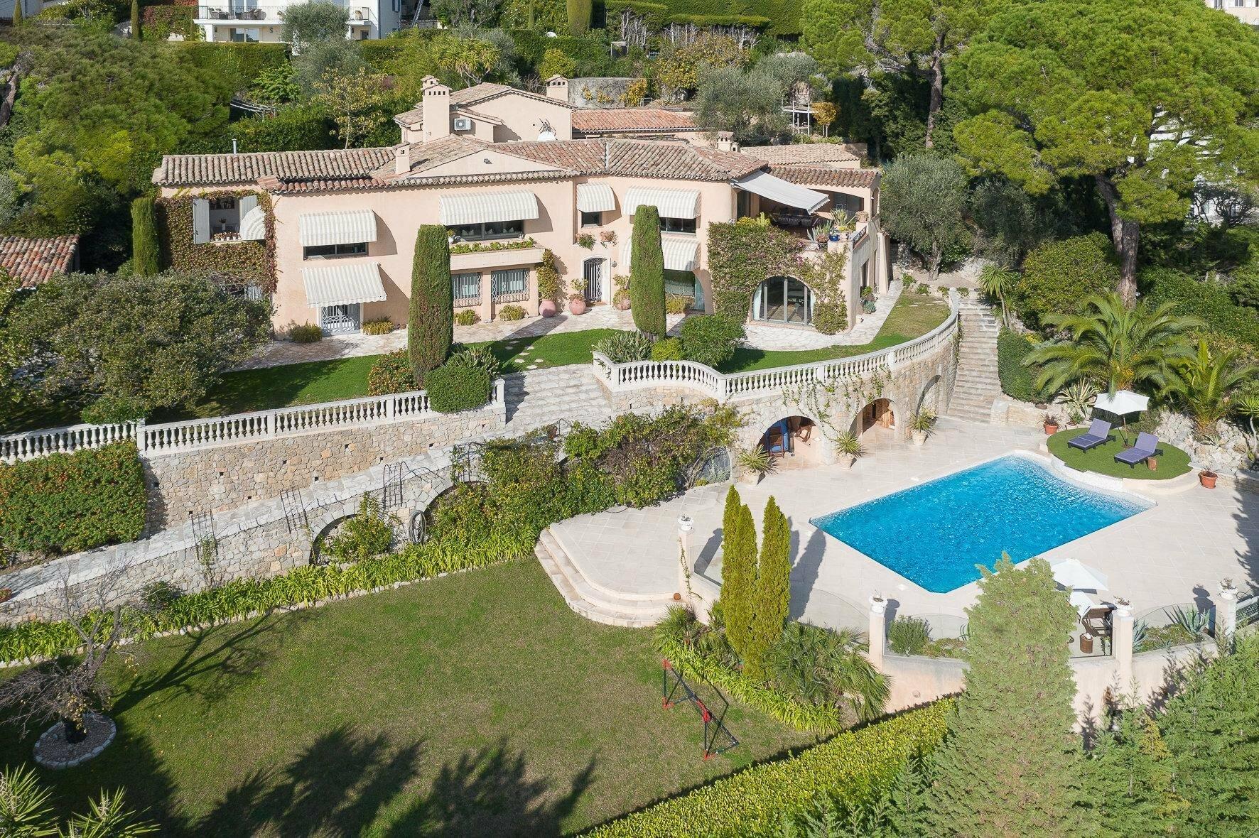 Villa in Mougins, Provence-Alpes-Côte d'Azur, France 1 - 11202230