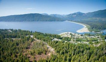 Land in Port Renfrew, Britisch-Kolumbien, Kanada 1