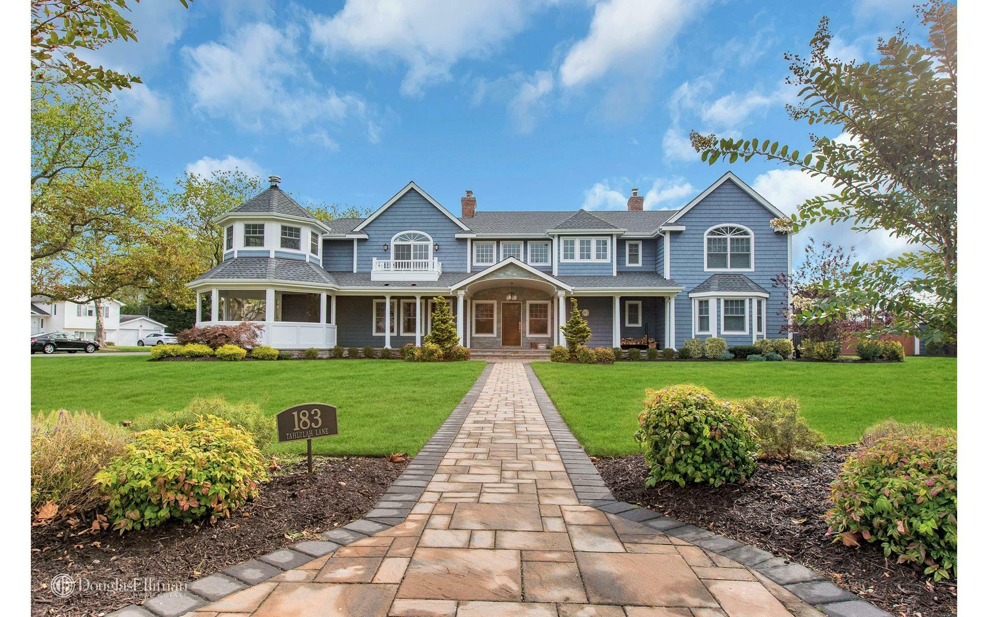 House in West Islip, New York, United States 1 - 11206327