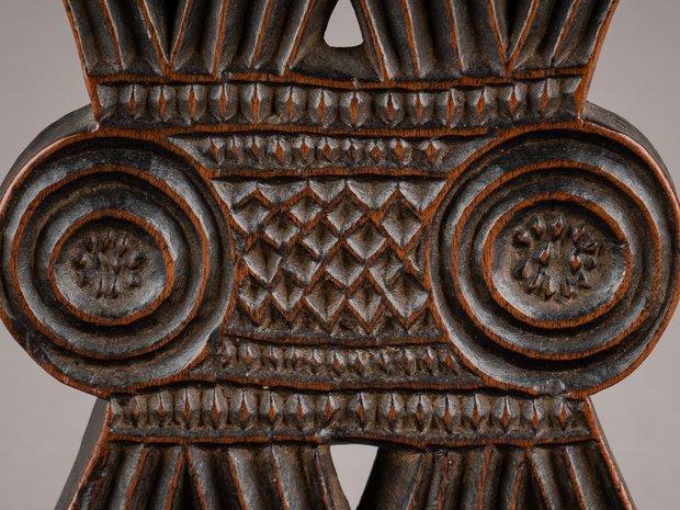 Rare Wooden Pillow, Zimbabwe (11215904)