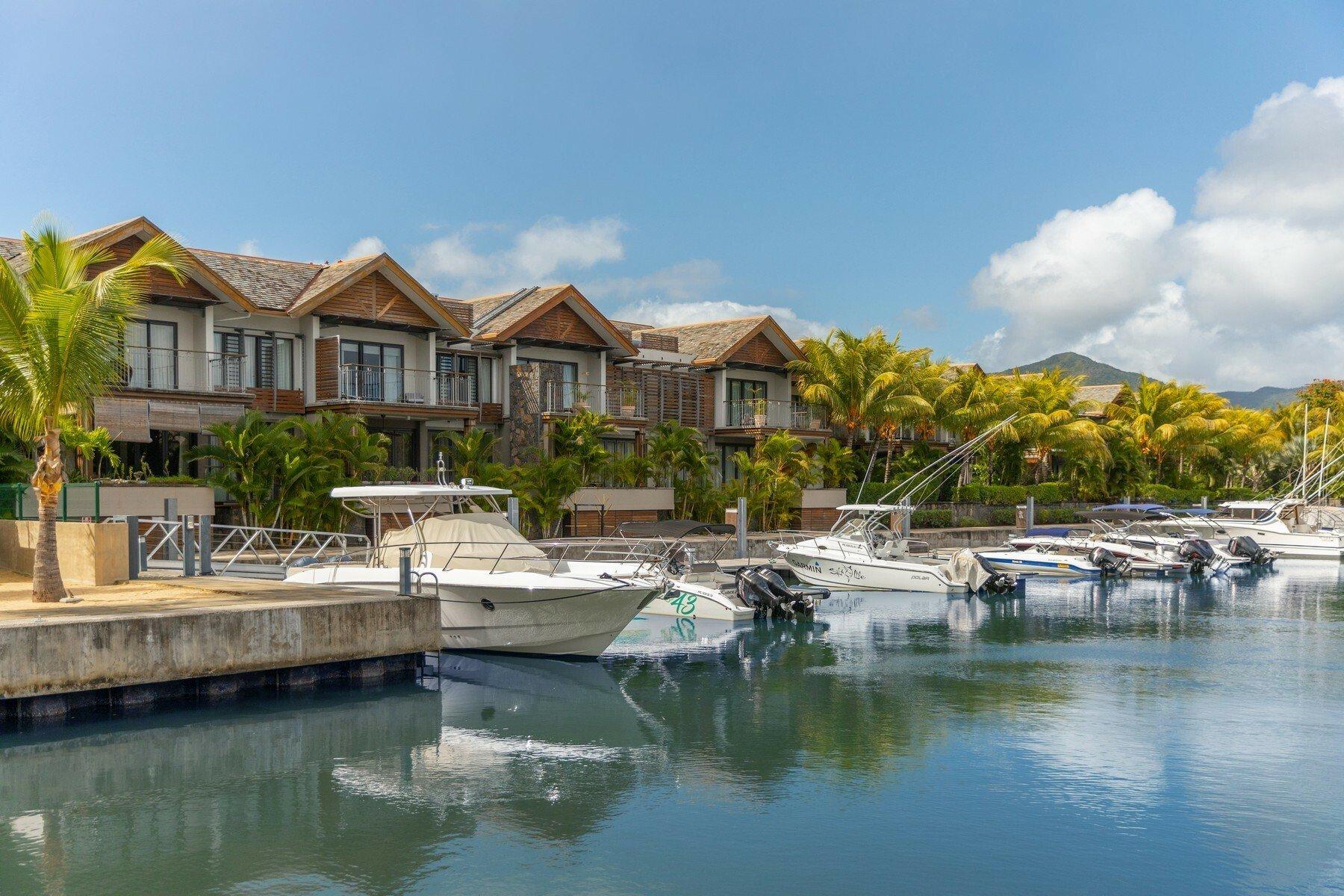 Apartment in Black River, Rivière Noire District, Mauritius 1