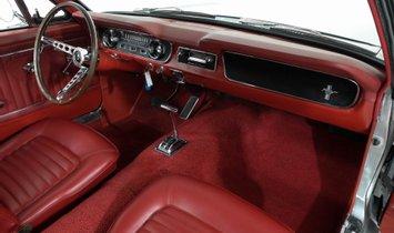 1965 Ford Mustang Fastback - Restomod Frame off restoration