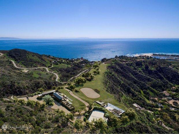 Land in Malibu, California, United States 1