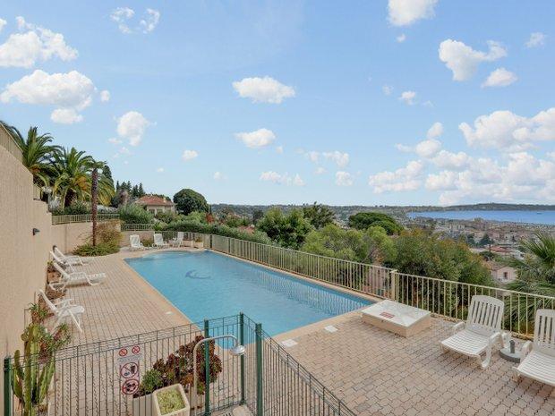 Apartment in Vallauris, Provence-Alpes-Côte d'Azur, France 1