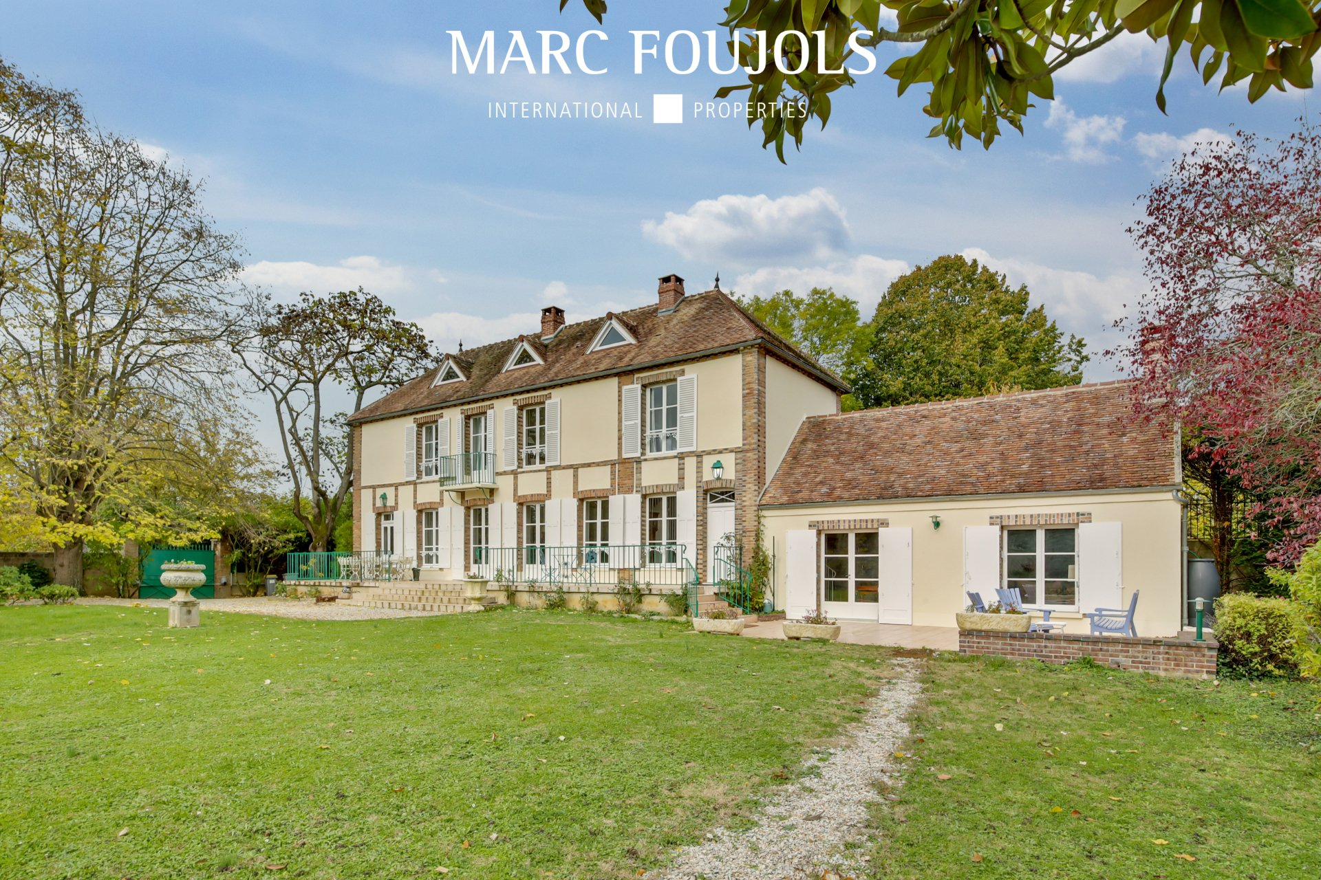 Haus in Sens, Bourgogne-Franche-Comté, Frankreich 1
