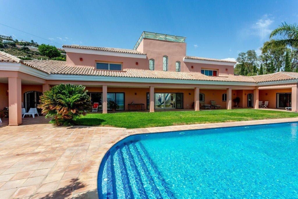 Villa in Benalmádena, Andalusia, Spain 1 - 11216712