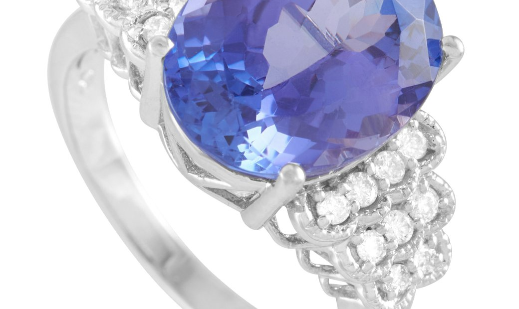 LB Exclusive LB Exclusive 18K White Gold 0.35 ct Diamond and Tanzanite Ring