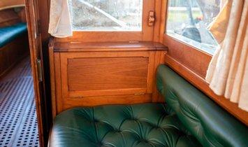 Custom Peter Freebody Victorian