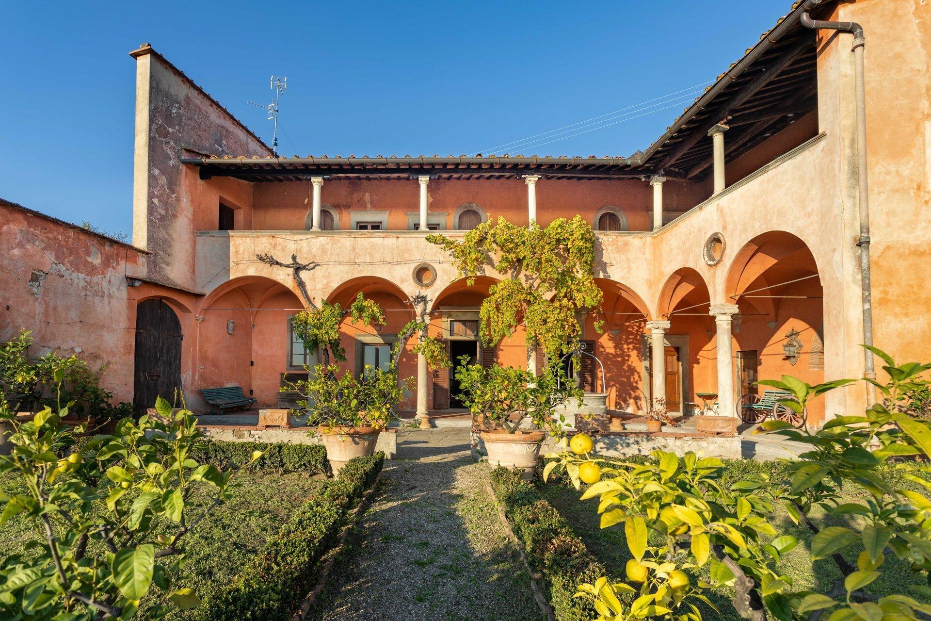 Villa in Florence, Tuscany, Italy 1 - 11217680