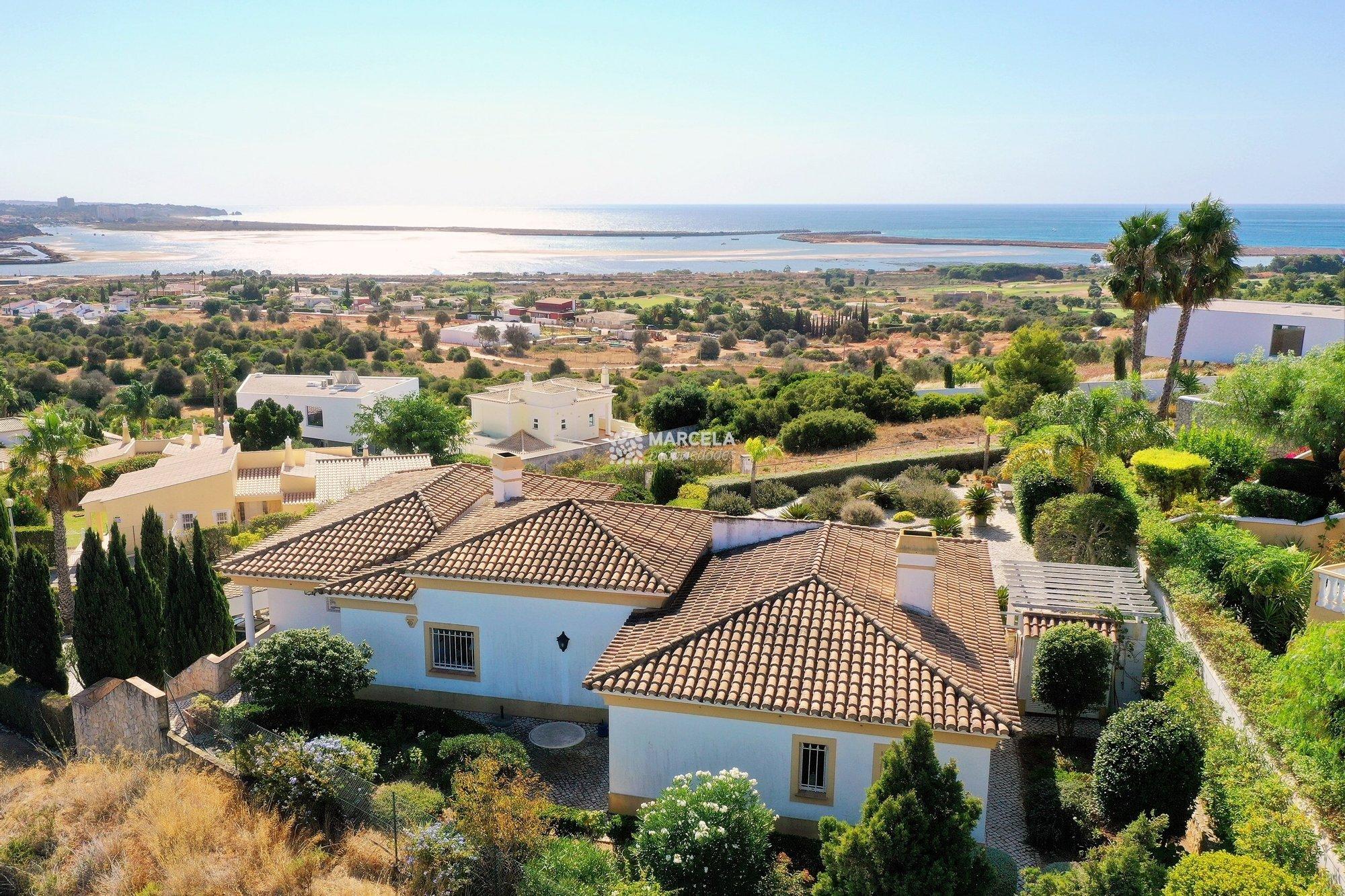 Villa in Odiáxere, Algarve, Portugal 1