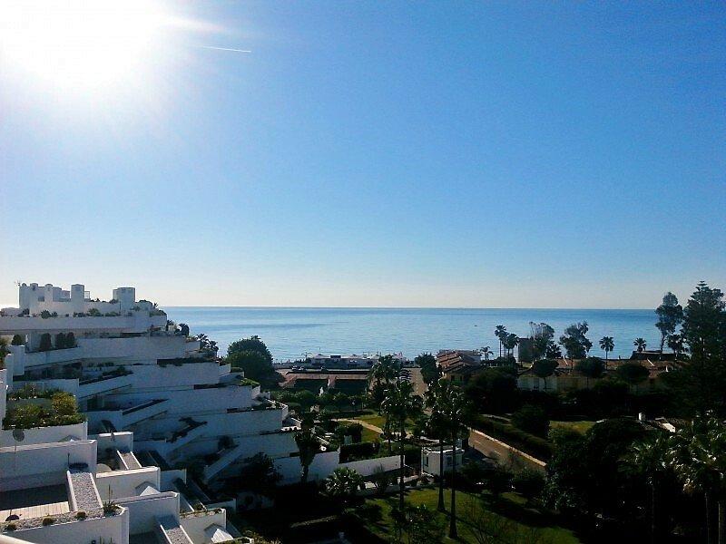 Penthouse in San Pedro de Alcántara, Andalusia, Spain 1