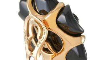 Chanel Chanel Camélia 18K Yellow Gold Black Agate Clip-On Earrings