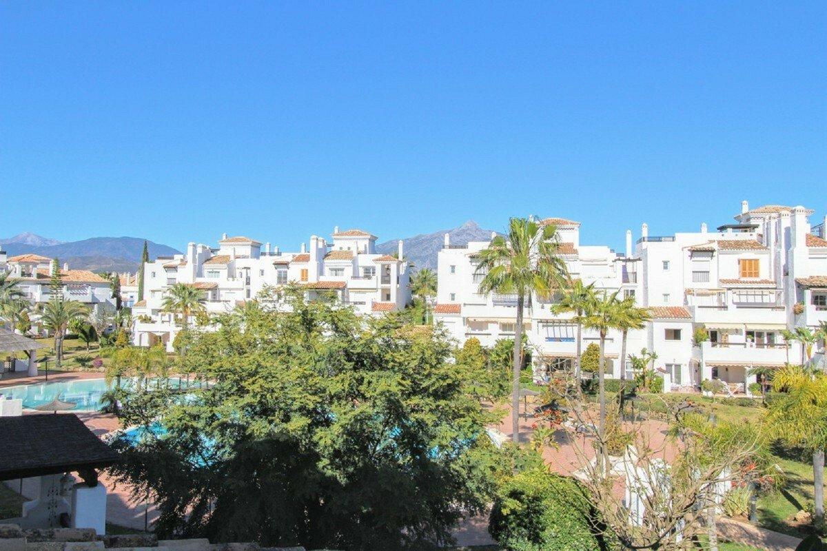 Apartment in San Pedro de Alcántara, Andalusia, Spain 1