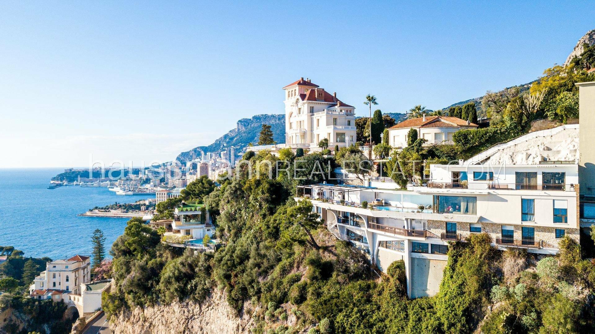 Villa in Roquebrune-Cap-Martin, Provence-Alpes-Côte d'Azur, France 1 - 11159261