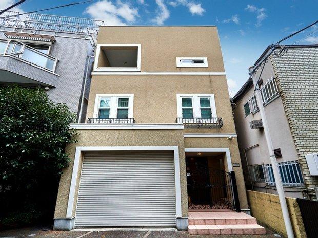 House in 5, Tokyo, Japan 1