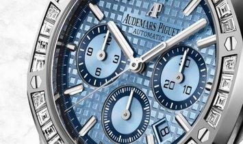 Audemars Piguet Royal Oak 26318BC.ZZ.1256BC.01 Chronograph White Gold Blue Dial Diamond Set Bezel