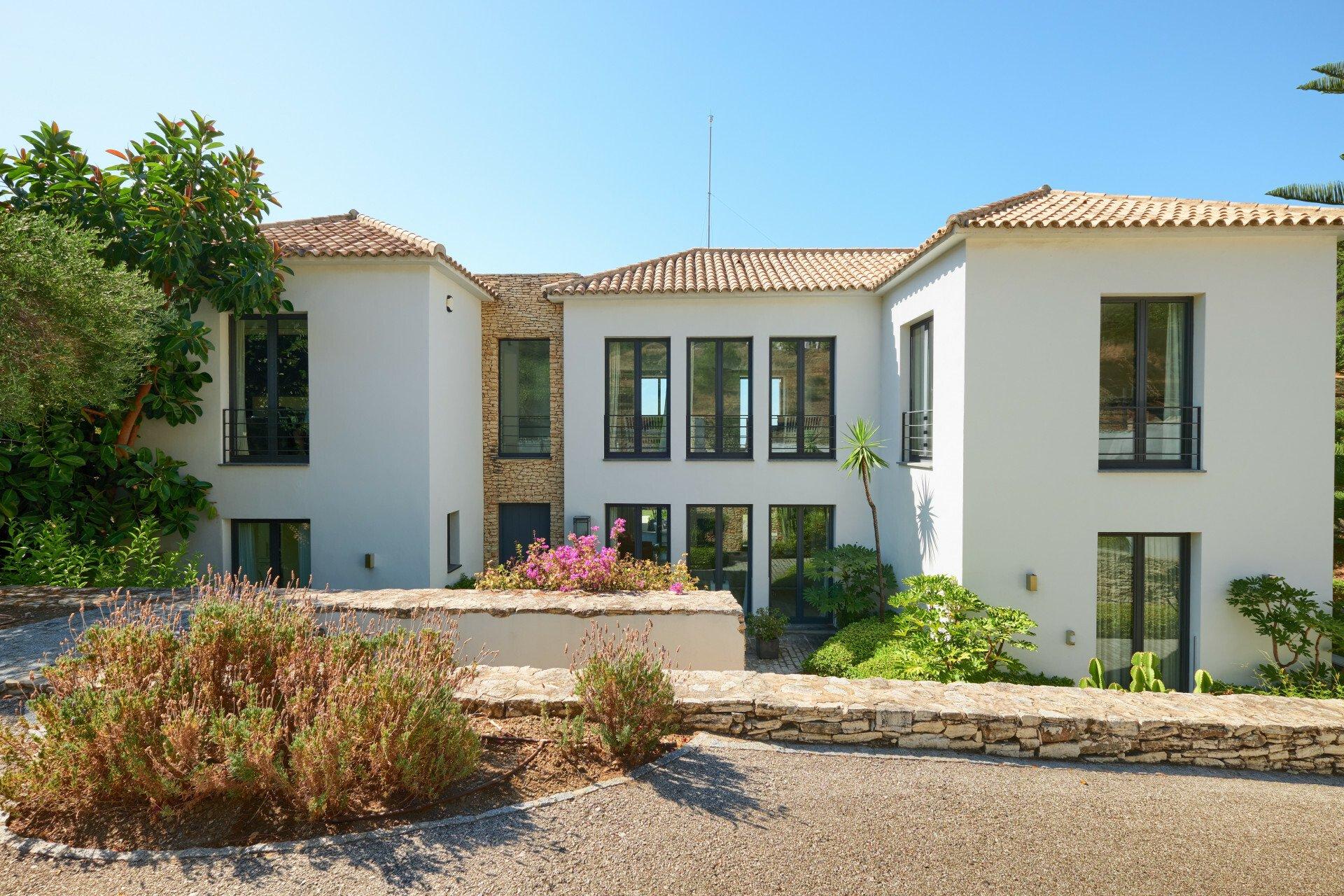 Villa in Benahavís, Andalusia, Spain 1 - 11228611