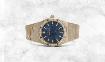 Audemars Piguet Royal Oak 15451BA.ZZ.1256BA.01 Yellow Gold Royal Blue Dial Diamond Set Bezel