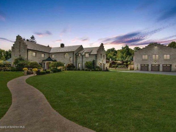 House in Dalton, Pennsylvania, United States 1