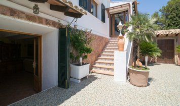Villa in Es Carregador, Balearische Inseln, Spanien 1