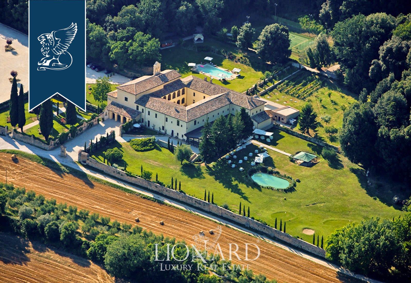 Villa in Umbria, Italy 1 - 10919240